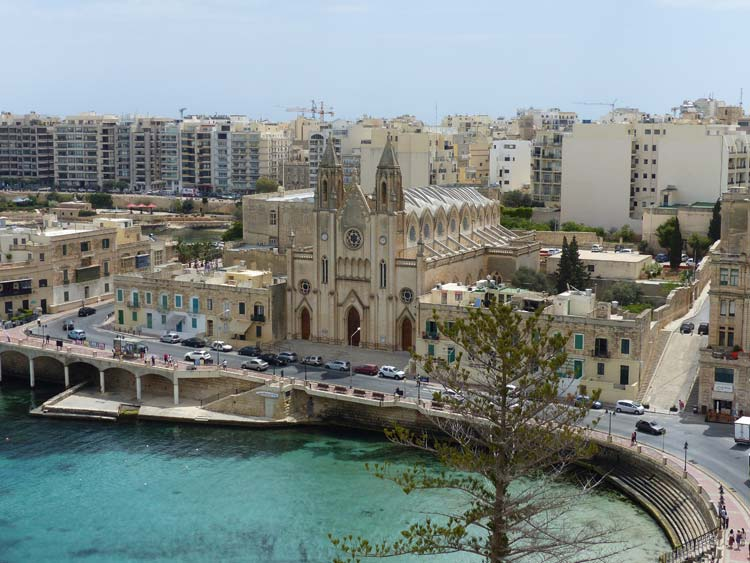 Le Meridien  St Julians Hotel & Spa – Room With A View