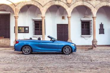 BMW-2-series-convertible-6