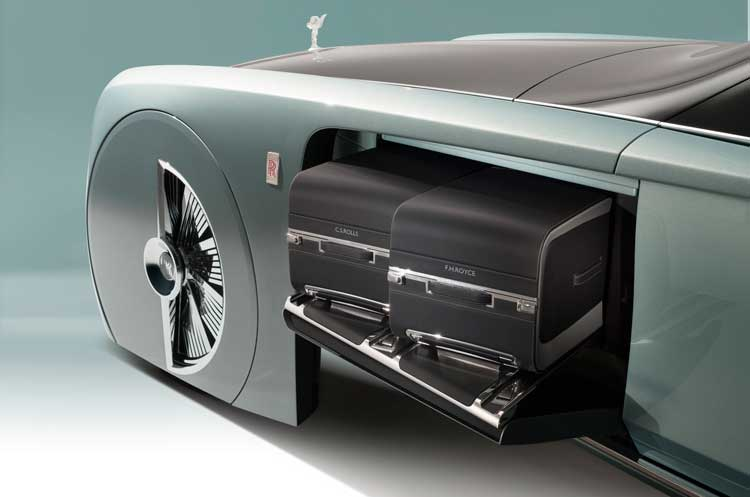 Rolls-Royce-Self-driving-luxury-concept-car-9