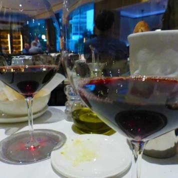 Hilton-Amsterdam-2016.jpg-Wine-Roberto's
