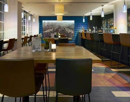 inntel-hotel-zaandam-bar-2