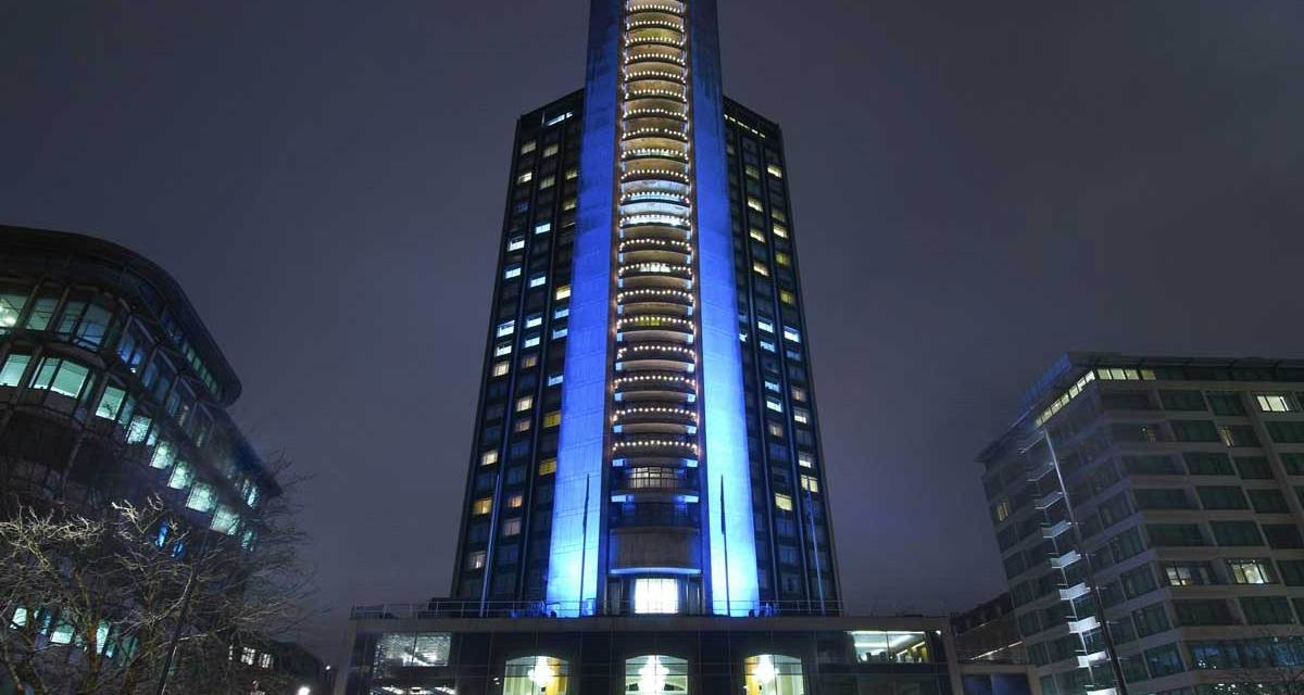 London Hilton On Park Lane – Towering Over West End