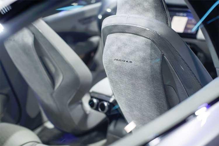 jaguar-ipace-interior-design-2
