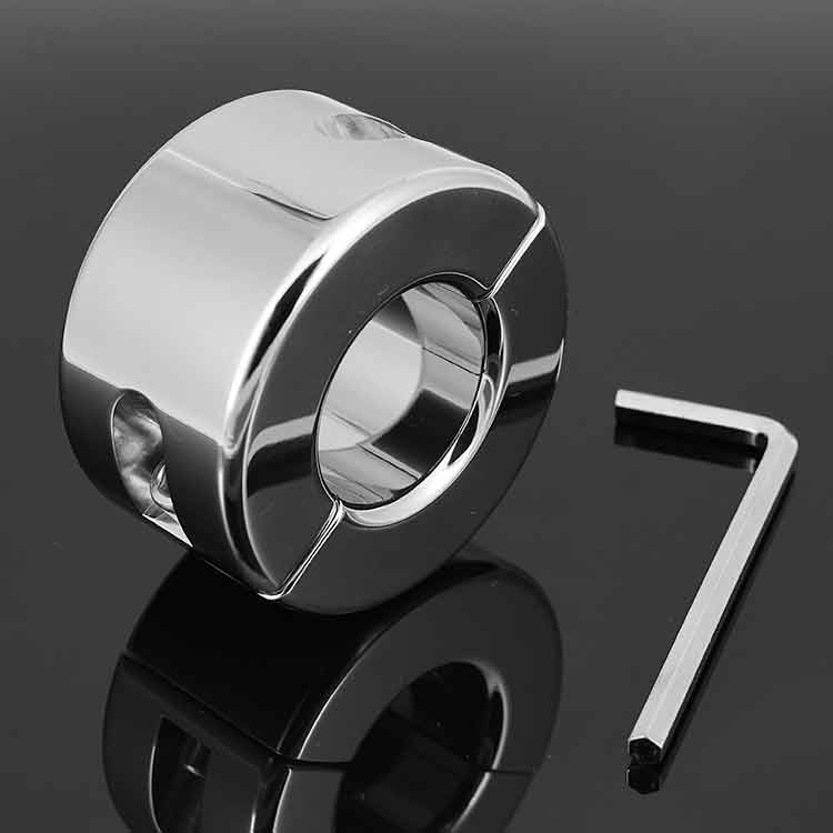 stainless-steel-ring-engagement
