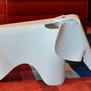 citizenm-decor-elephant-chair