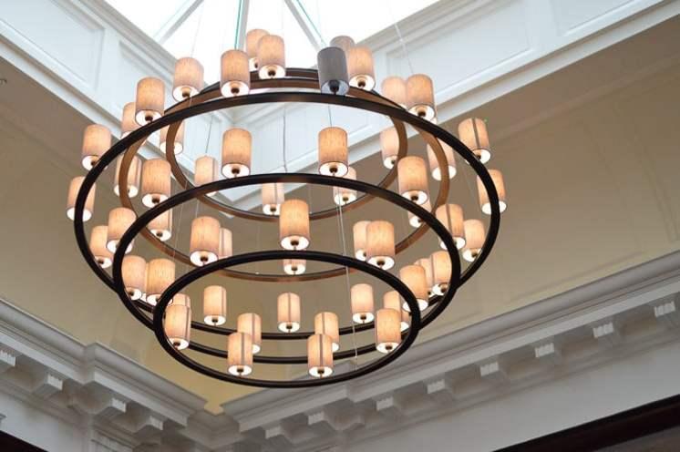 Courthouse Hotel Restaurant Decor