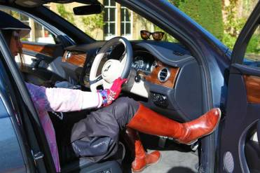 Gracie Opulanza The Manor Country House Oxfordshire Bentley Bentayga MenStyleFashion 2017 (4)