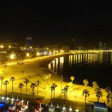WBarcelona Spain Fabulous Room View MenStyleFashion 2017 (3)