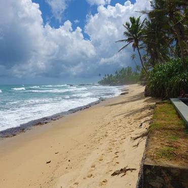 Era Beach by jetwing beach area (1)
