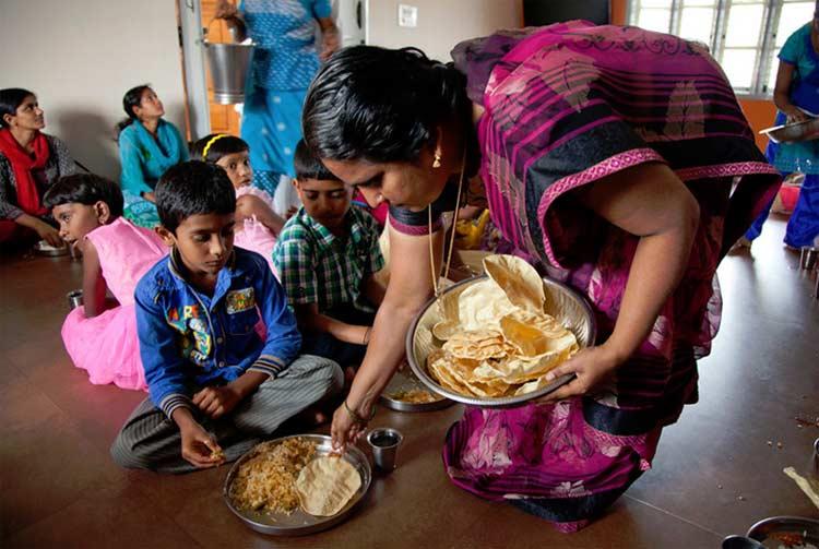 Shreyas Yoga Retreat Bangalore - The Food & Accommodation
