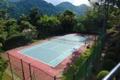 Earl's Regency Hotel - Kandy Jungle Swimming pool MenStyleFashion 2017 (3)