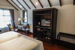 Na Nirand romanatic boutique hotel chiang mai room review (5)