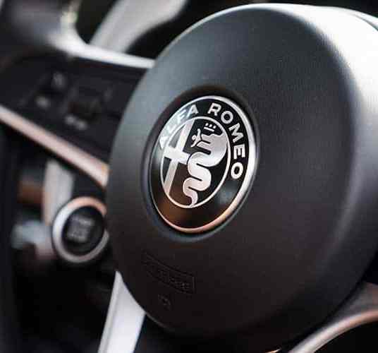 Alfa Romeo Giulia Super - Review interior