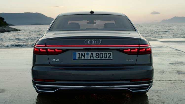 Audi A8 - Reviewed The Ultimate VIP Car