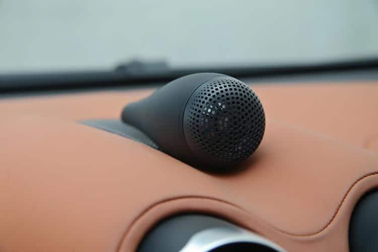 Bowers & Wilkins sound system in the McLaren 570 spyder mantis green