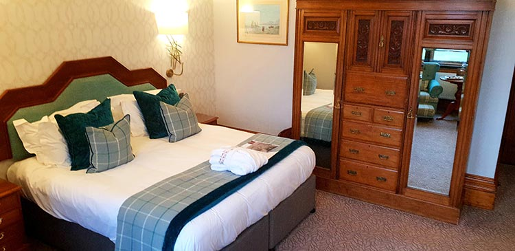 Armathwaite Hall Hotel & Spa in Lake District MenStyleFashion 2018 Deluxe Suite