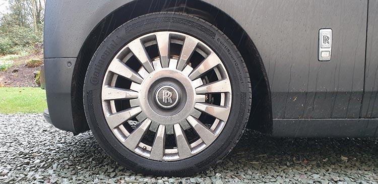 Rolls Royce Phantom – It Has To Be Driven!