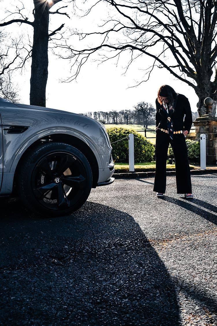 Bentley Bentayga SUV V8 Dove Grey