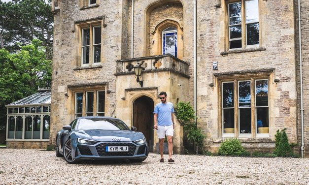 Audi R8 – 612 HP Beating Heart Reviewed