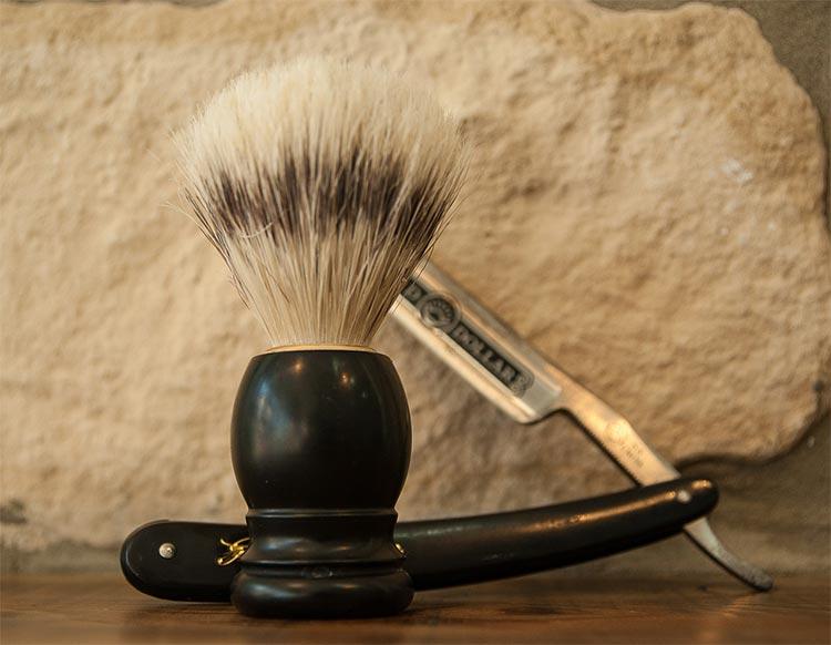 Straight Razor Shaving - A Gentleman's Guide