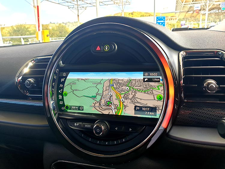 Mini Clubman - The Brugge Job Review 2019 MenStyleFashion JW Cooper Works BMW GPS