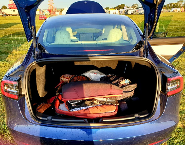 Tesla Model 3 MenStyleFashion 2019 Review Electric Cars (2)