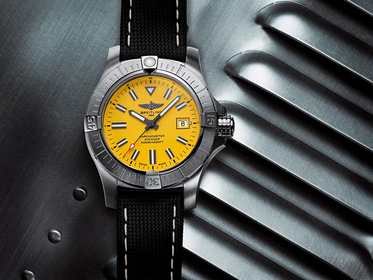 NEW-Breitling-Avenger-Automatic-45-Seawolf-(1)