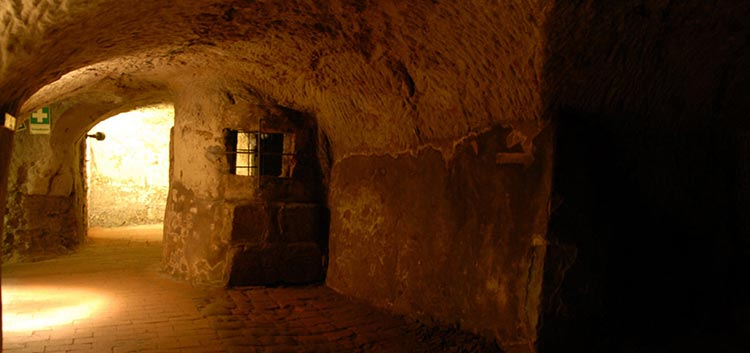 Nuremberg – Tunnels and Red Beer
