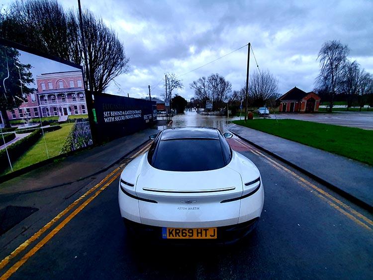 Aston Martin 2020 DB11 MenStyleFashion review united kingdom review (6)
