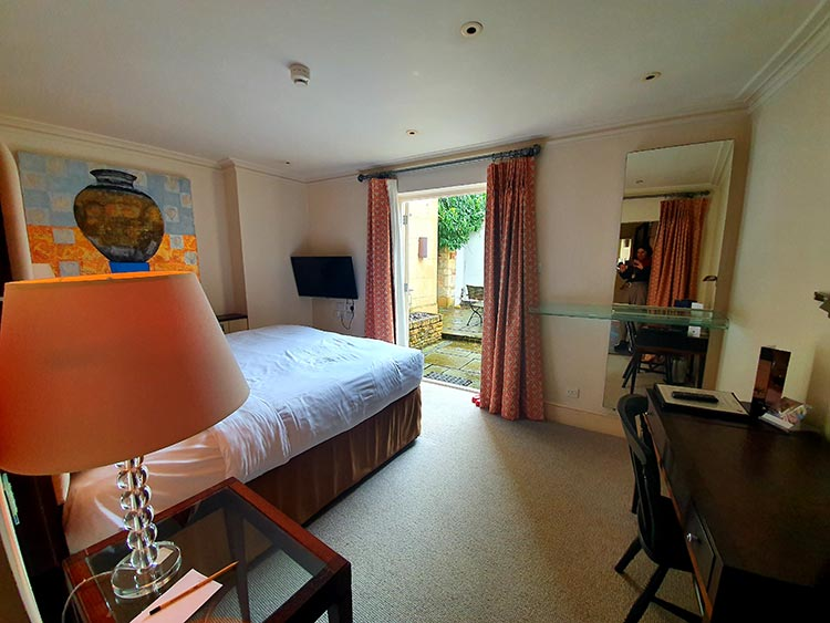 Garden Suite Chipping Campden Cotswold House Hotel Grade II listed Regency town house menstylefashion 2020 (11)