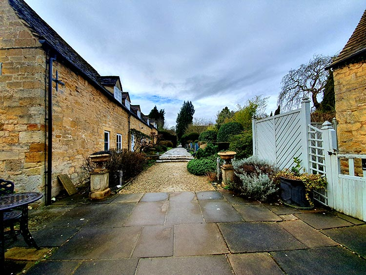 Chipping Campden Cotswold House Hotel Grade II listed Regency town house menstylefashion 2020 (15)