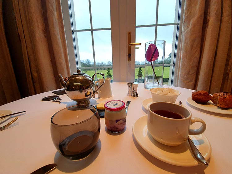 Breakfast Brockencote Hall Hotel MenStyleFashion Worcestshire 2020 review (1)