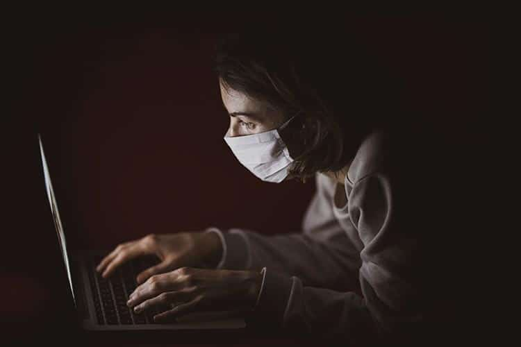 How To Look Good and Feel Safe During Pandemic