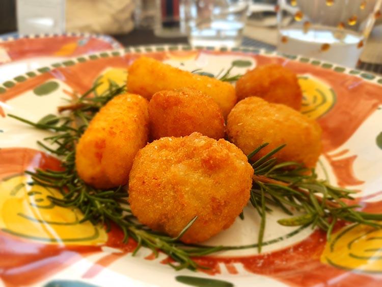 Belmond San Michele Florence - Swimming Pool & Food Review