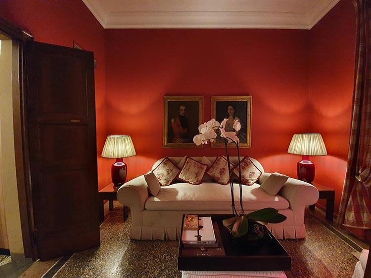 Casa Howard Florence - The Boutique Hotel Review