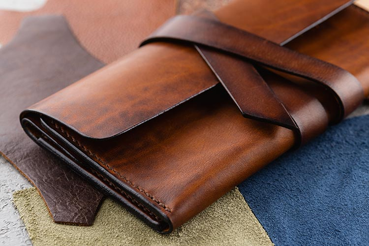 Key Tips For Buying Your Lady Fabulous Women Leather Wallets