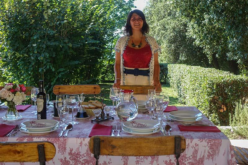 Al Fresco Fattoria Mansi Bernardo outdoor eating (7)