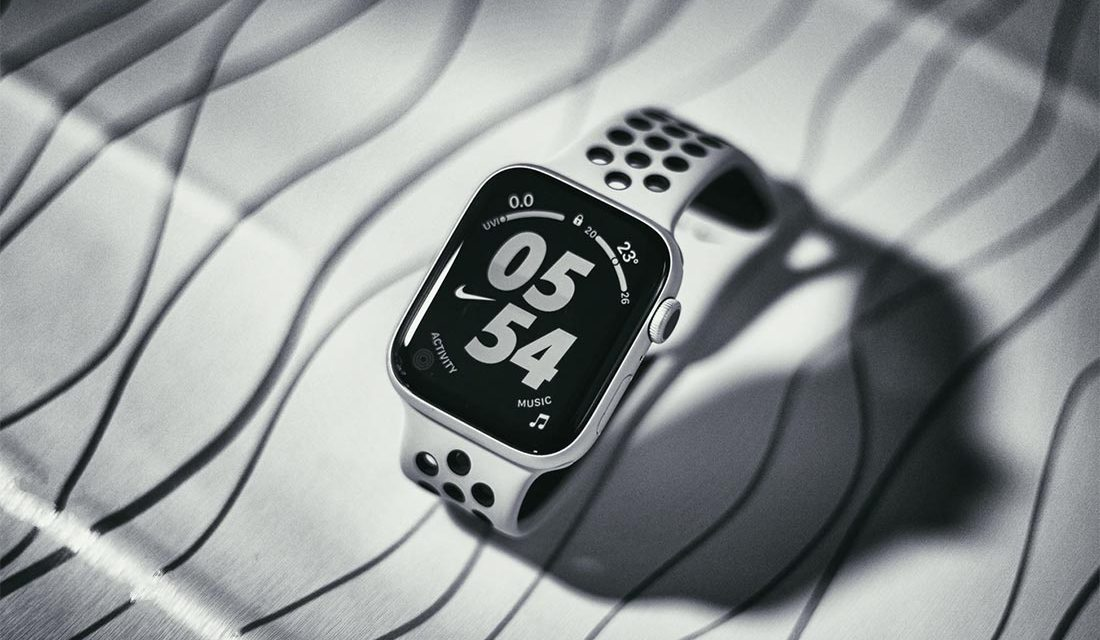 Why Should I Buy an Apple Watch? 7 Awesome Reasons
