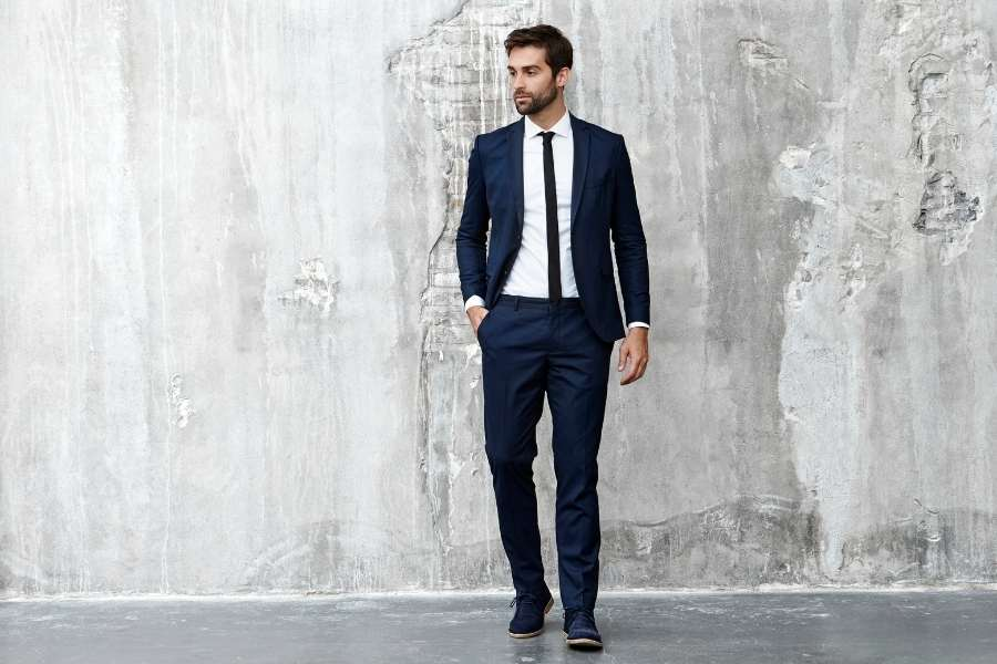 How to Choose the Right Suit