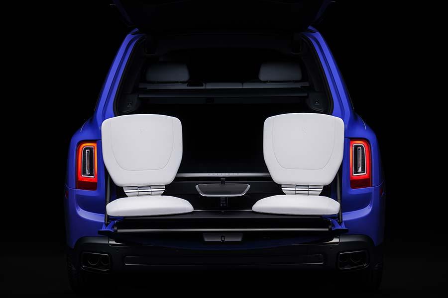 Rolls-Royce Mirabeau Blue Neon Nights Cullinan Viewing Suite