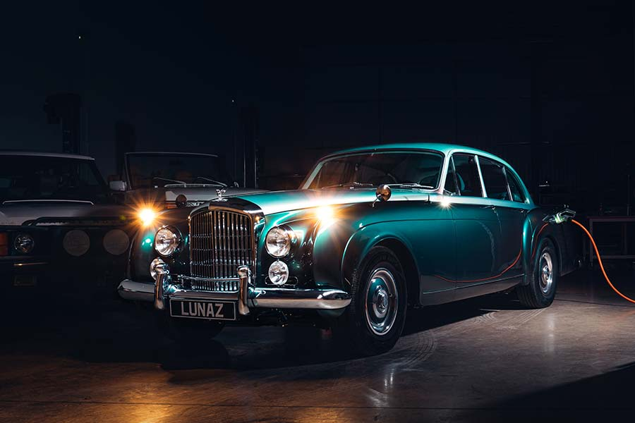 Lunaz – World's First Electric Classic Bentley And Expanded UK EV Manaufacturing