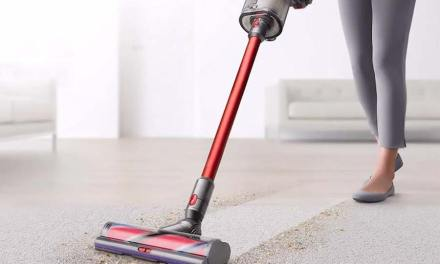 Buying Guide for Dyson Vacuum Cleaners