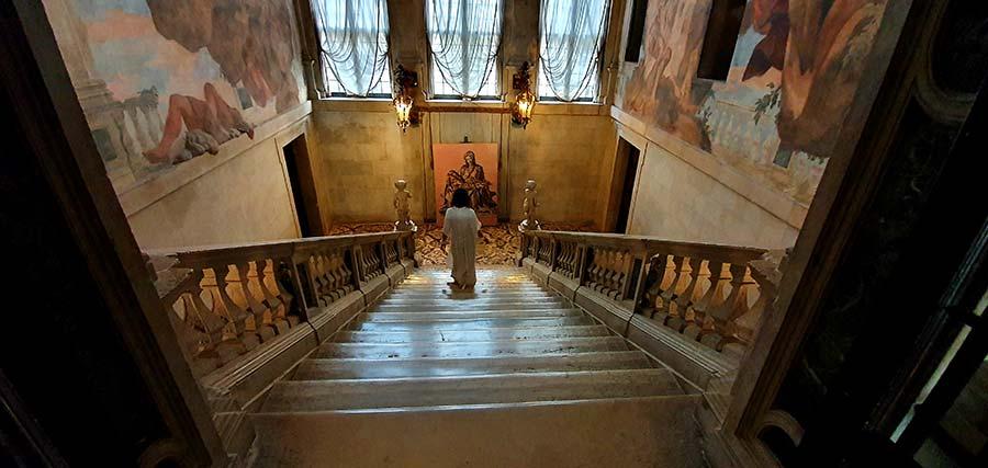 Ca Sagredo Venice Hotel Staircase Grand Canal (3)