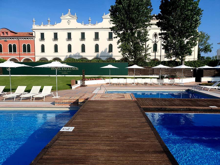 Hotel Excelsior Venice Lido Beach Resort Italy