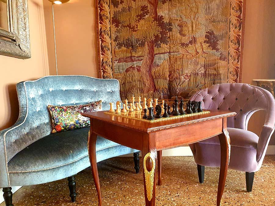 chess Palazzo Heureka Venice 16th Century Hotel 2021 Interior Design Holiday Stay (8)