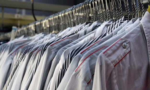 9 Reasons Why Investing in Staff Uniforms Makes Good Business Sense in 2021