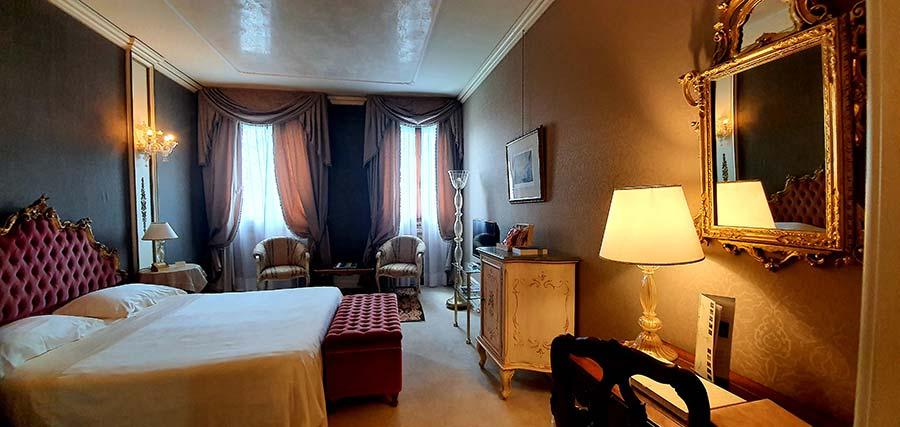 Venetian Palace - Ca' Sagredo Hotel Grand Canal Venice Italy (3)