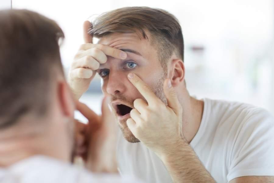 Contact lenses man