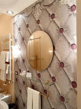Hotel hureka venice bathrooms made in italy
