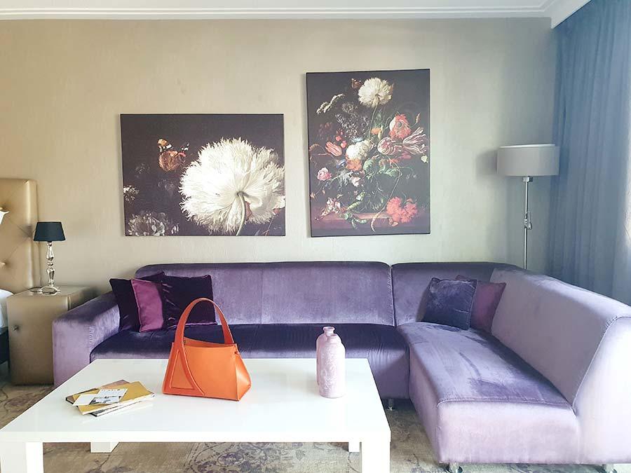 purple velvet lounge kingsize Royal Suite Luxury Suites Amsterdam
